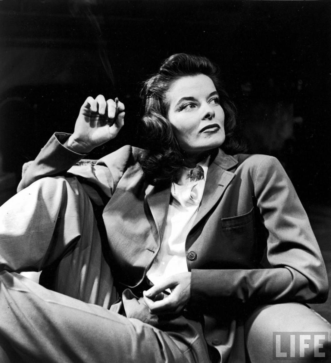 lapel roll reference katherine-hepburn-for-time-magaine-by-alfred-eisenstaedt-suit-179de400f8b7d7c01586c4200dcc194e-large-335491